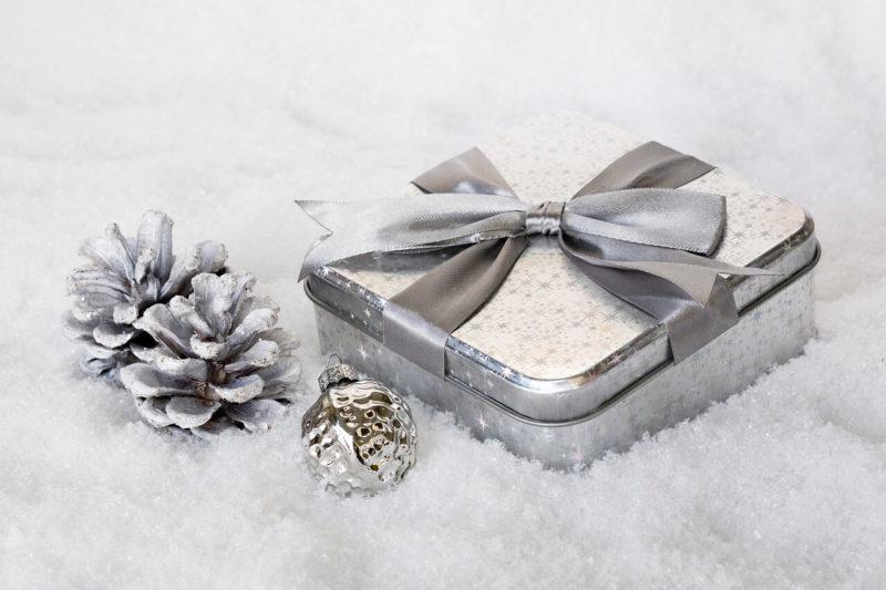 Cadeaux de Noël par Alias Com et Presse